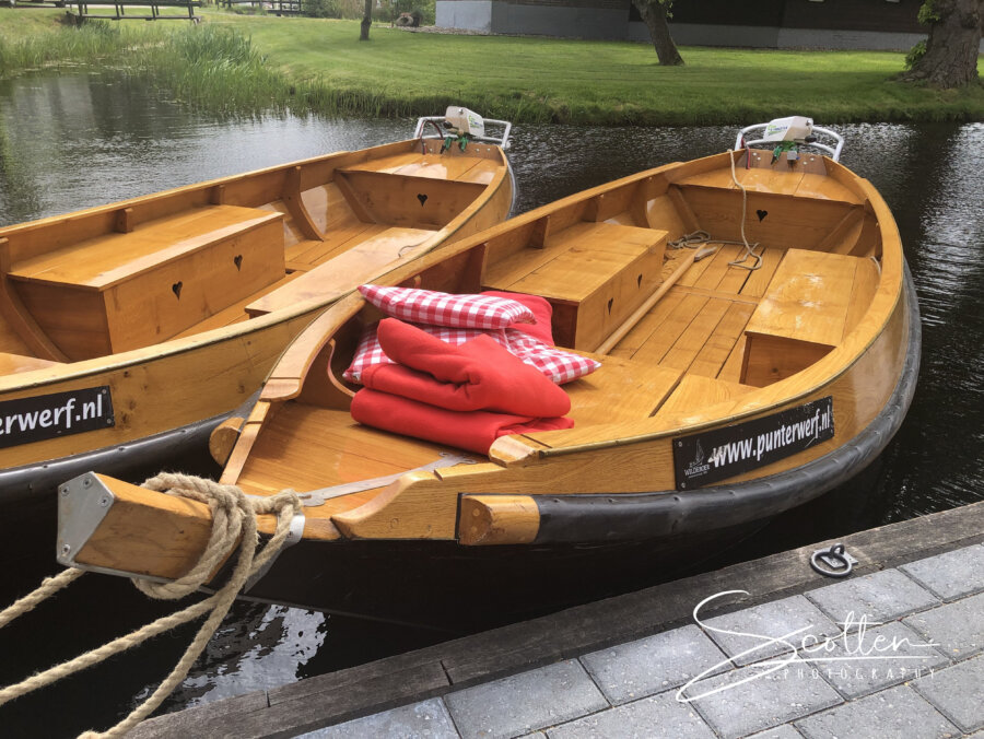 Punterwerf Wildeboer - best place to rent these beautiful wooden sloops