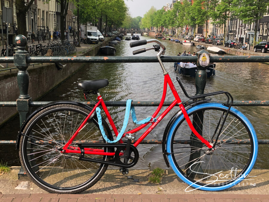 Typical Amsterdam bike