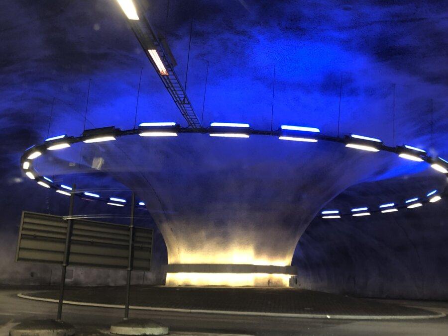 Tunnelrondell vid Kinsarvik
